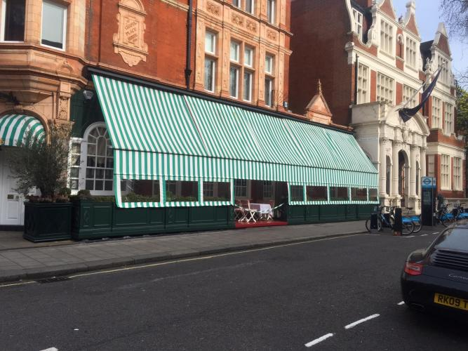 LRC Side Screen for Harry's Bar, Mayfair